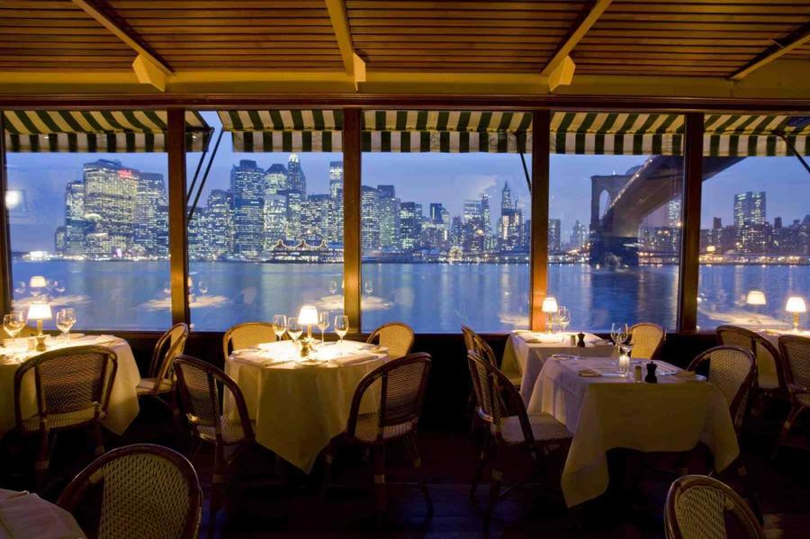 6. The River Cafe, Нью-Йорк, США Этот ресторан стоит посетить хотя бы ради великолепных видов, котор
