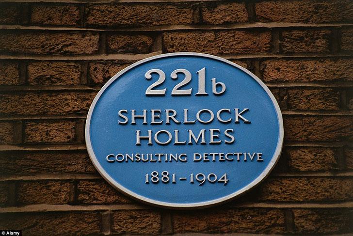 Хотя на здании висит табличка «221б», на самом деле дом находится по адресу Бейкер-стрит, 239. Что с