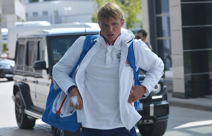 Тарасов получил повреждение коленного сустава