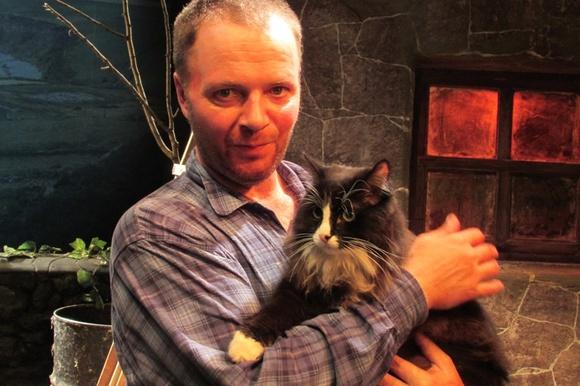 Театр «УМоста» потерял в столице России своего артиста - кота Семена