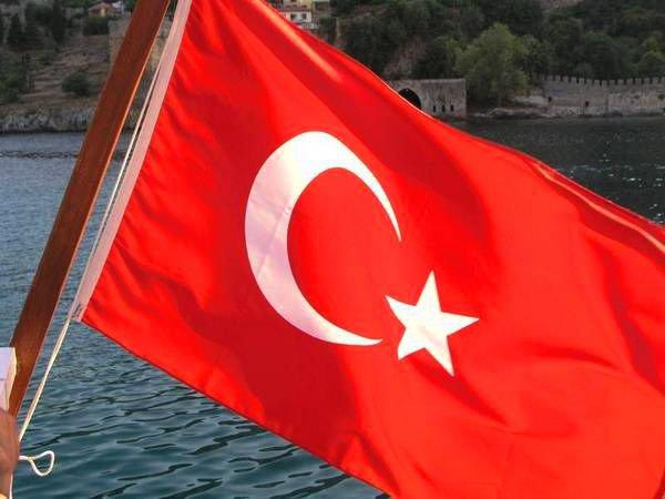 Турция построит стену награнице сСирией