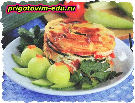 Запеканка с огурцами, помидорами и цуккини