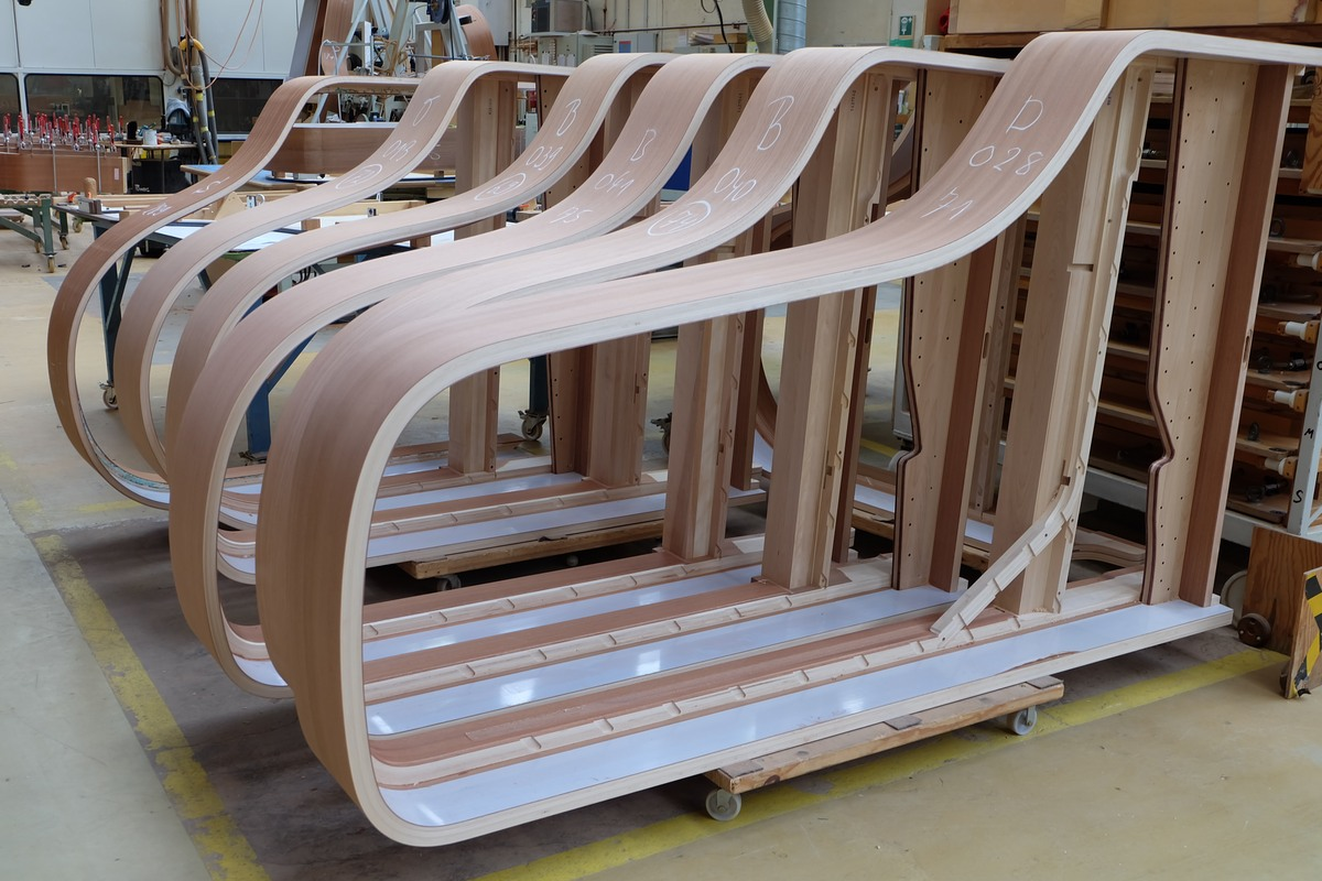 Корпуса роялей Steinway & Sons, фототур по фабрике Steinway & Sons в Гамбурге