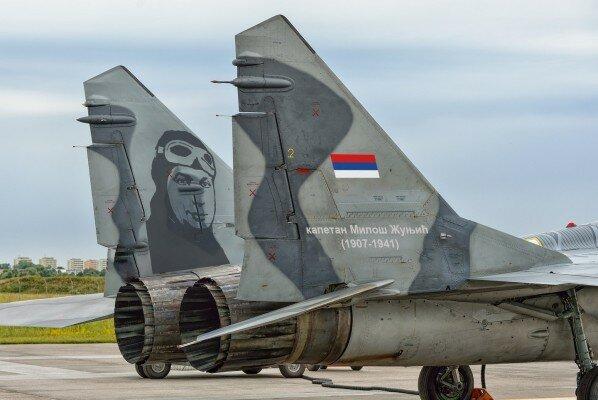 Сербия, авиация, герои