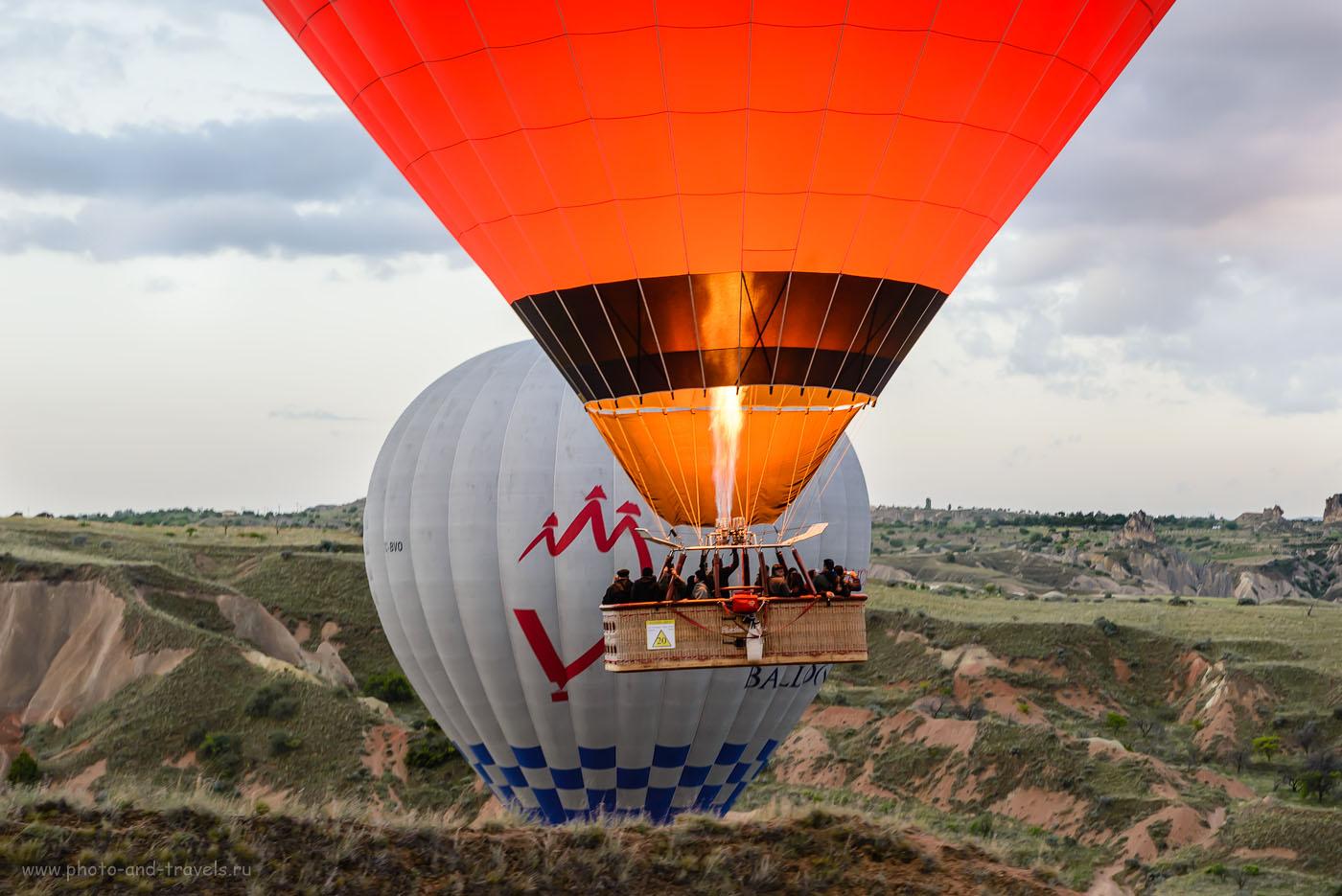 Фото 3. Полет на воздушном шаре в Каппадокии. Иногда монгольфьеры летят совсем низко над землею. Это – самый страшный момент. Отзывы туристов об отдыхе в Турции дикарями. 1/40, -0.33, 8.0, 800, 70.