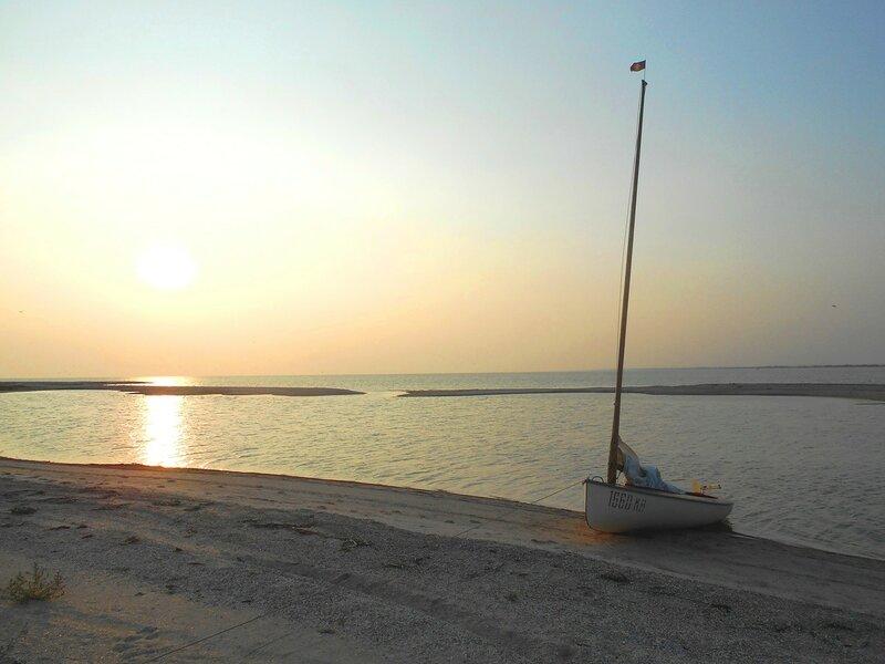 Вечер, яхта на берегу ... DSCN7407.JPG
