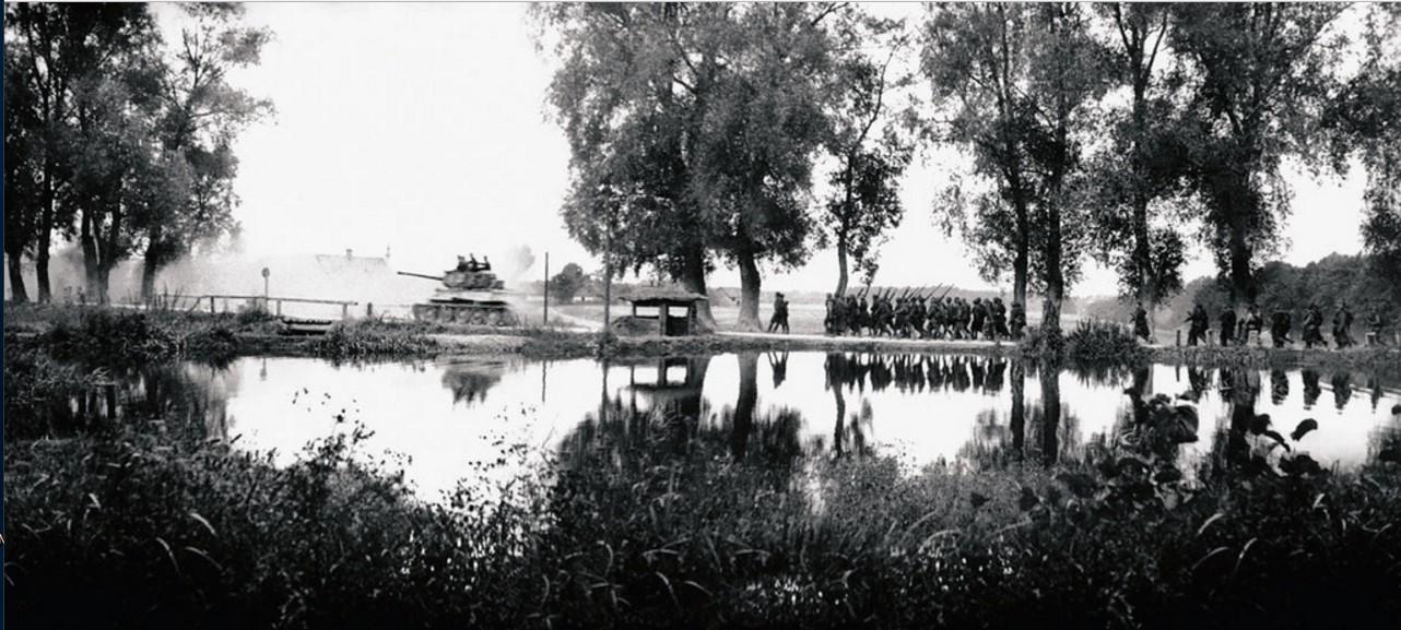1944. 44-я гвардейская танковая бригада (1-я танковая гвардейская армия). На форсированном марше