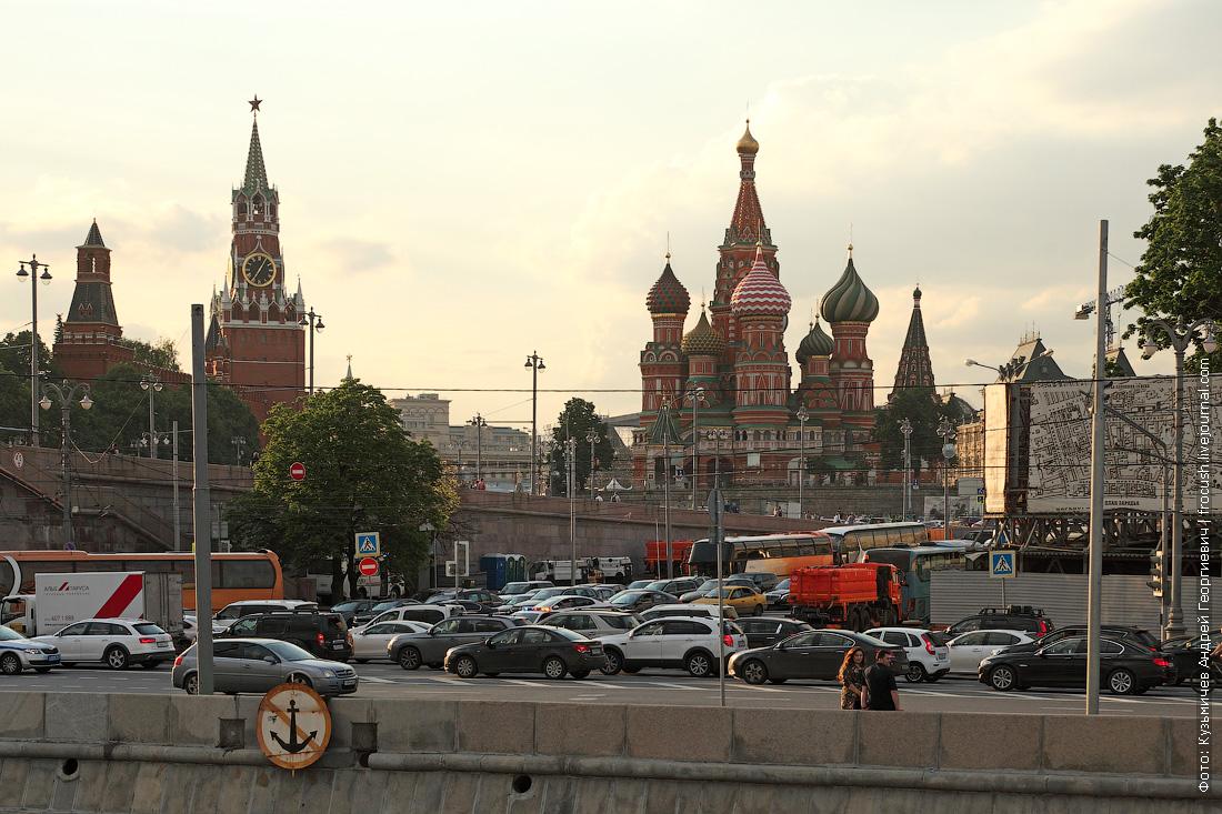московские пробки с борта теплохода