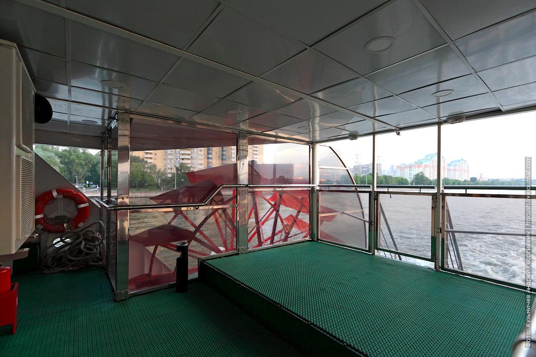 теплоход КолесовЪ колесно-движетельный рулевой комплекс