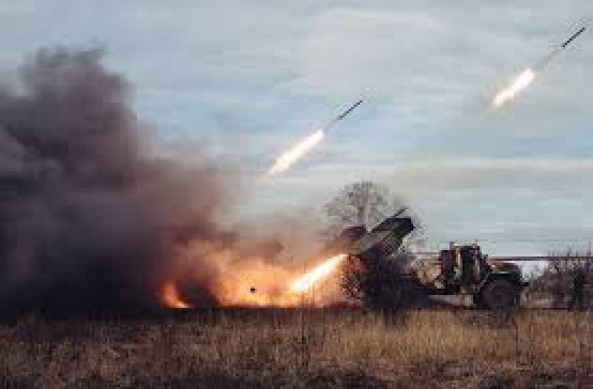 Боевики продолжают обстрелы из крупнокалиберной артиллерии на всех направлениях, - пресс-центр штаба АТО