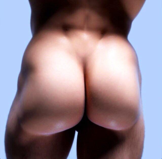 голый зад