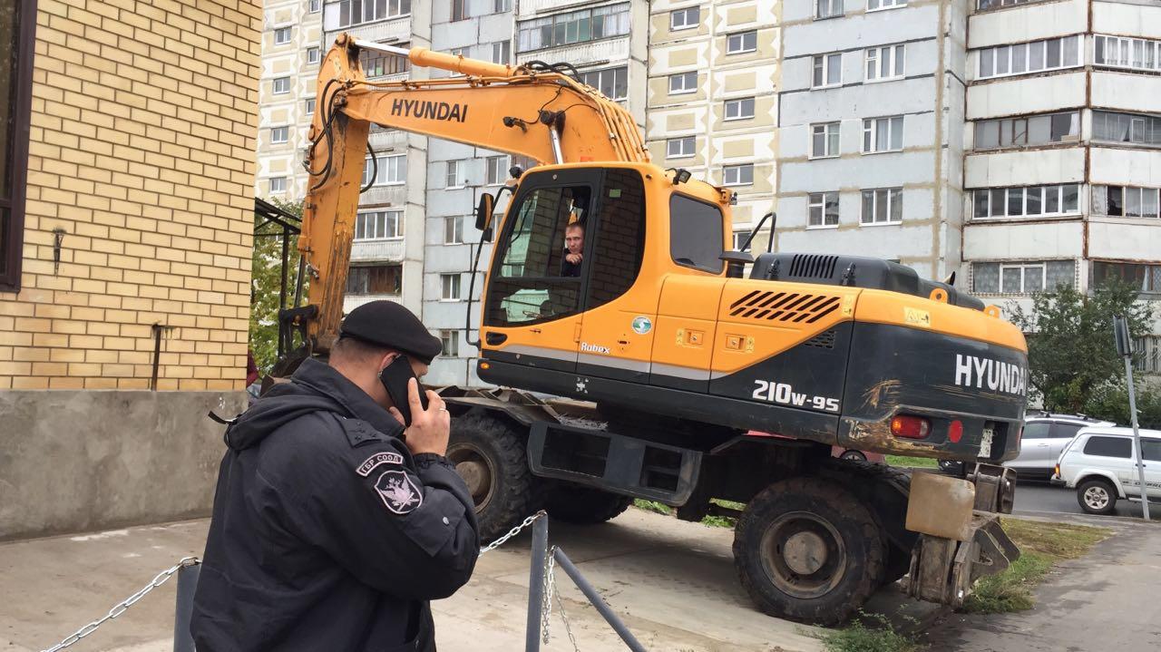 Нелегальный  торговый комплекс снесли вКазани