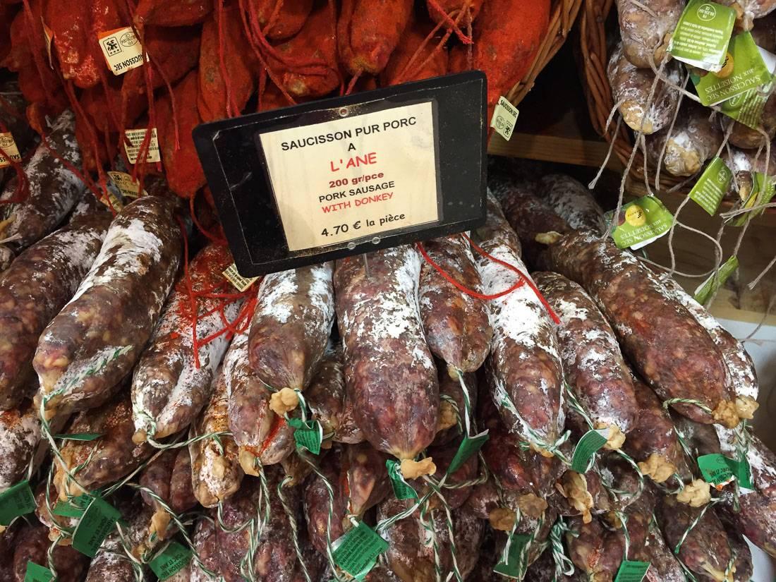 Если не нравится мясо осла, то вот с фундуком, стоит столько же.