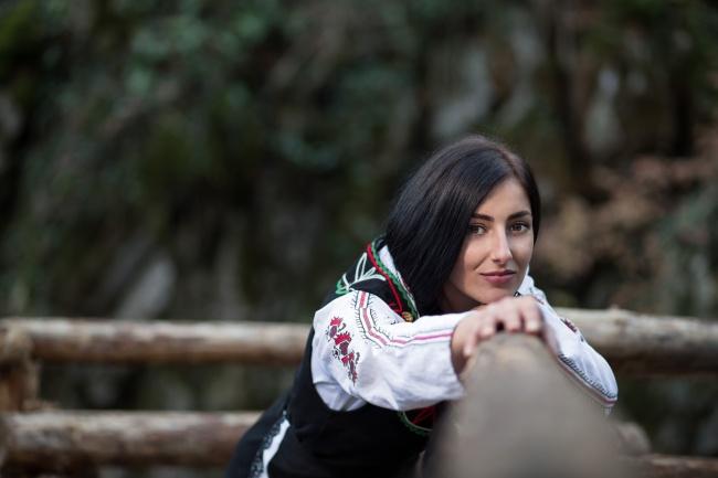 © nspasov/depositphotos  Для ухода засобой женщины вБолгарии активно используют розовое масл