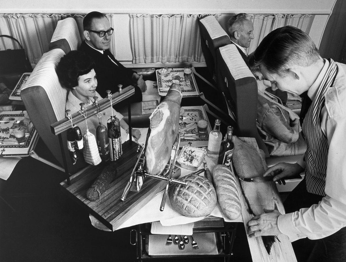 Чем кормили своих пассажиров Скандинавские авиалинии (1950-1984)