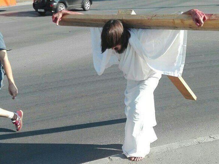 ВПерми милиция  арестовала «распятого Иисуса»