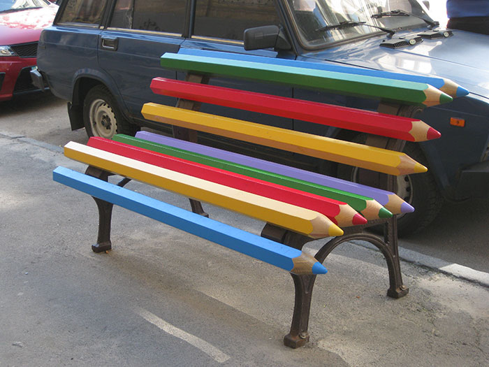 Creative-Public-Benches-101-57e9127add087__700.jpg