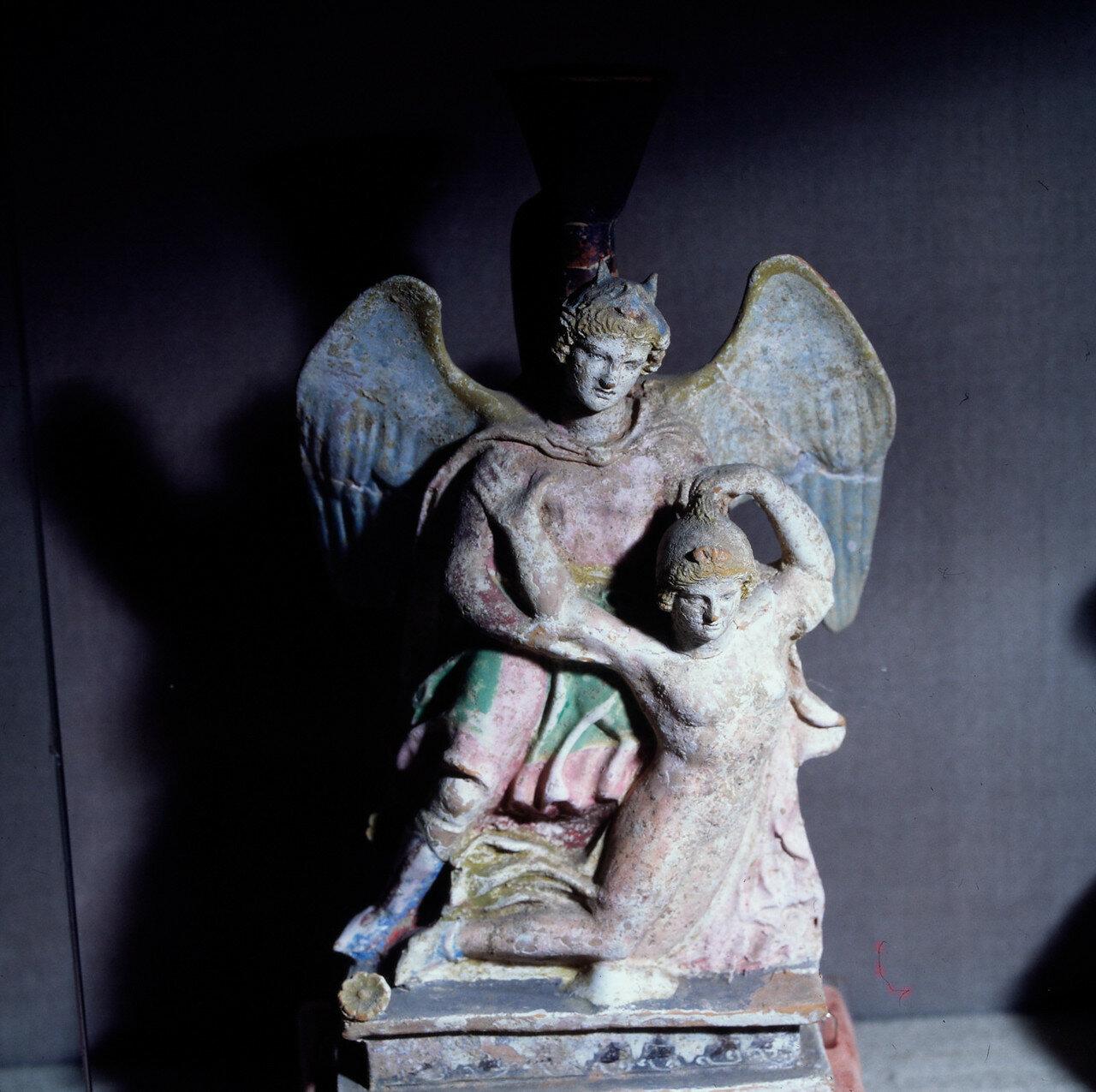 Лекиф из могилы в Танагре. V в. до н. э.