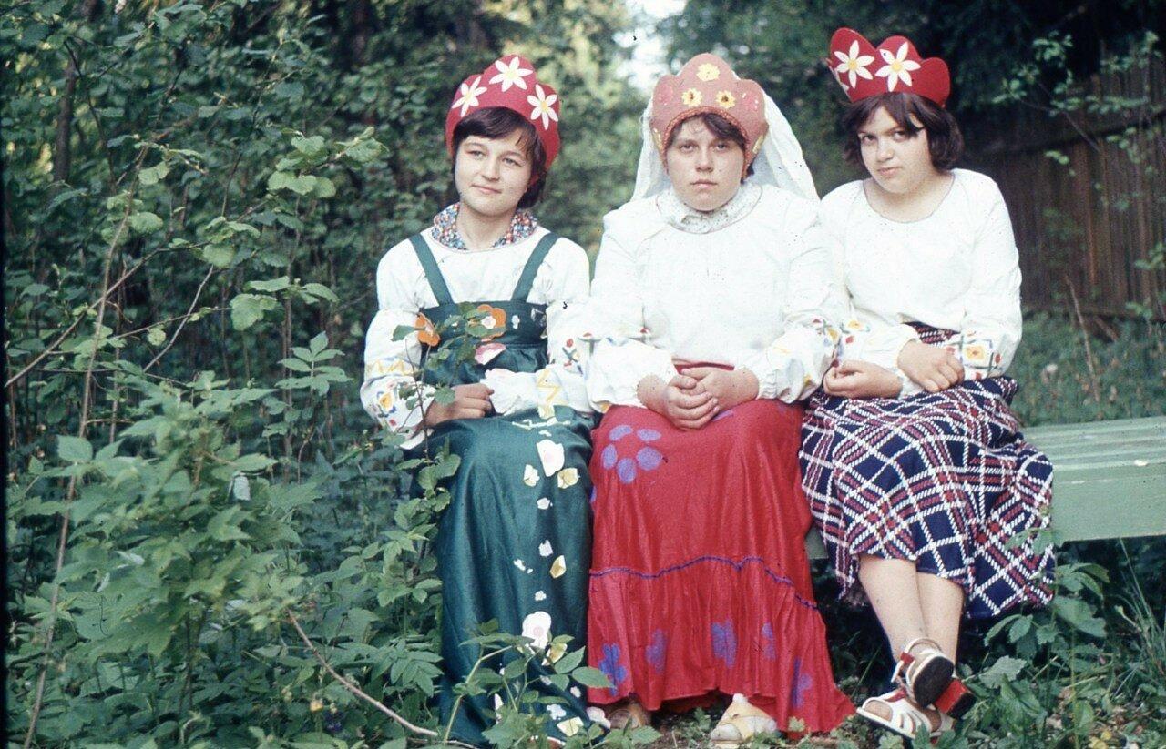 История в фотографиях. 1980-е. Пионерский лагерь «Ёлочка» ВНИИЖТ (ЦНИИ МПС) часть 2