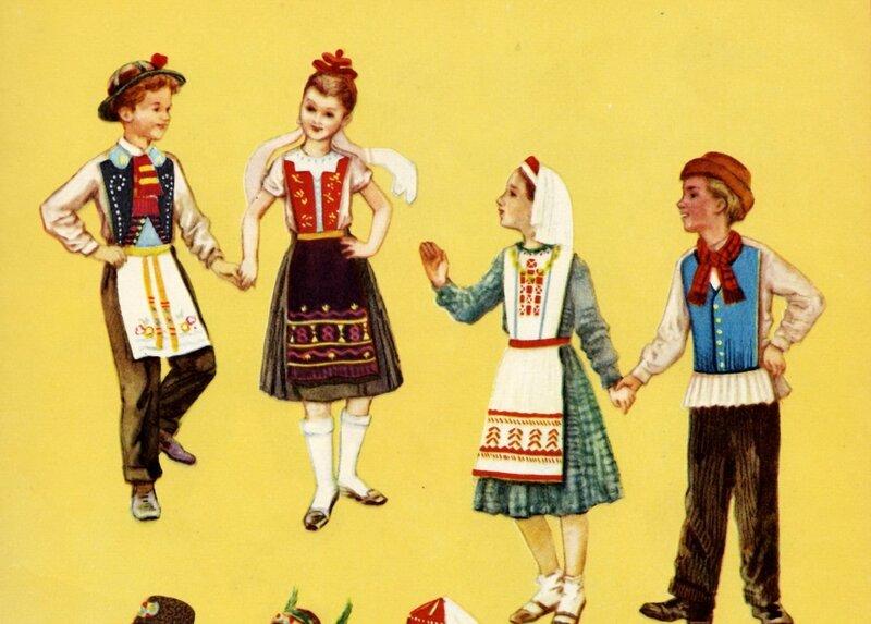 Венггерские и финские костюмы