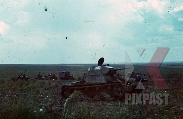 stock-photo-destoryed-russian-panzer-column-russia-1942-9277.jpg