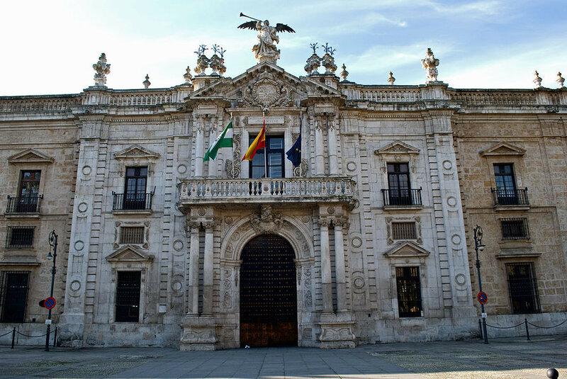 1024px-Universidad_de_Sevilla_(rectorado)_001.jpg
