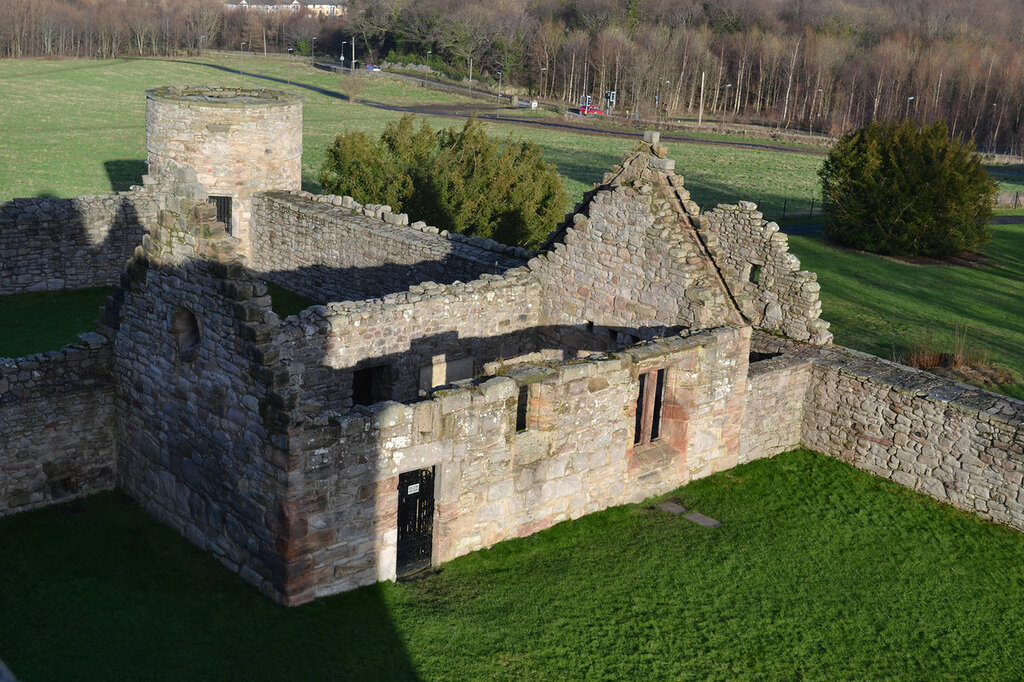 Craigmillar.Castle.original.25077.jpg