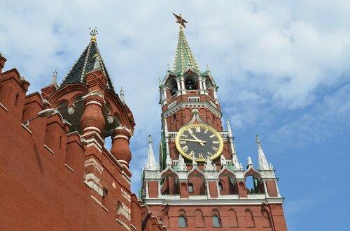 Пескова удивило поведение навигатора у стен Кремля