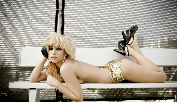 Eve (Ив)  Американская рэперша и актриса Ив нашла себя именно благодаря работе в стриптиз-кл