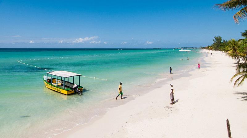 15. Семимильный пляж, Негрил, Ямайка . Лучшее время для посещения: круглый год.
