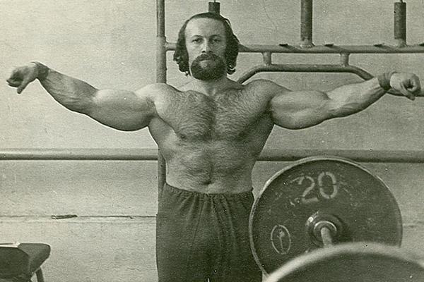 Евгений Колтун — первый атлет из СССР, попавший в журнал Muscle & Fitness. Центром бодибилдинга в СС