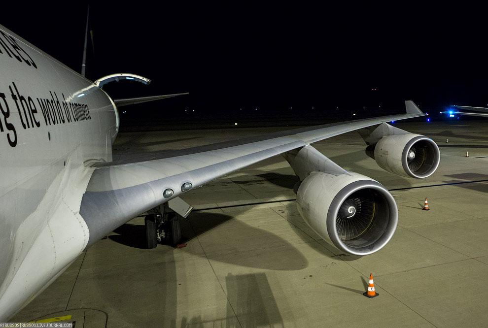 Авиакомпания даже заказывала десять А380 в грузовом варианте, но заказ был отменен в 2007 году.