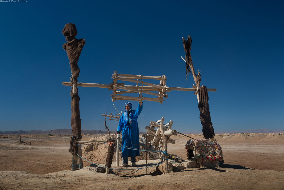 Также смотрите статьи « Зеленая пустыня Сахара » и « Мертвая долина в пустыне Намиб ».