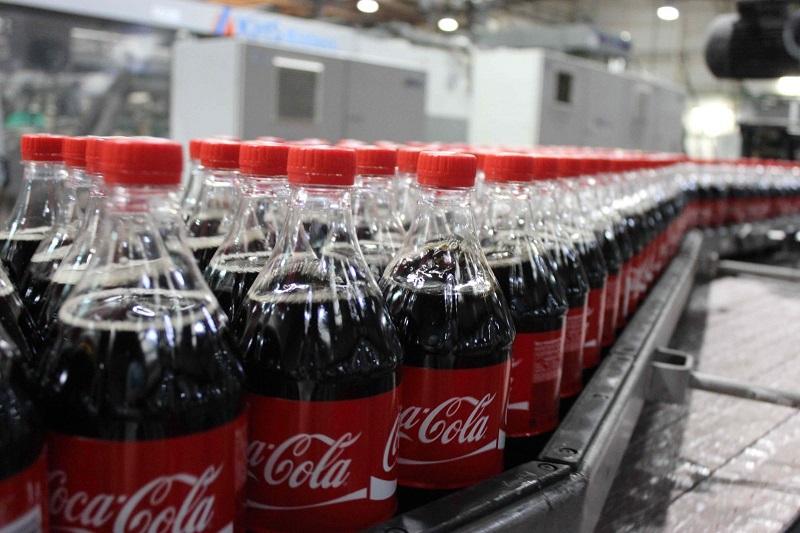 Что же, производители «Кока-Колы» ликуют... Как говорится, у каждого публичного человека свои причуд