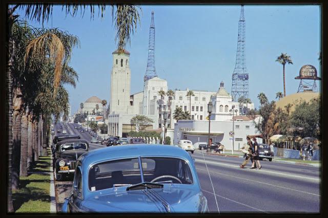 Вид на бульвар Уилшир из отеля Ambassador, 1942 год.