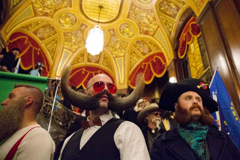 Чемпионат усов и бород в Нью-Йорке