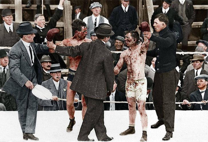 Боксерский поединок между Реем Кэмпбеллом и Диком Хайлендом, май 1913 года.