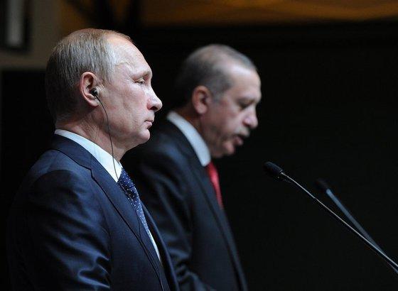 Путин обсудил сЭрдоганом ситуацию вАлеппо идвустороннее сотрудничество