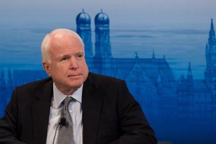 Маккейн одобрил арест руководителя фискальной службы государства Украины