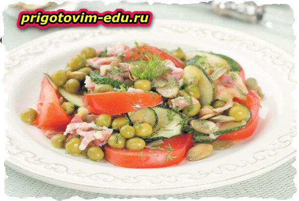 Салат из маринованных кабачков
