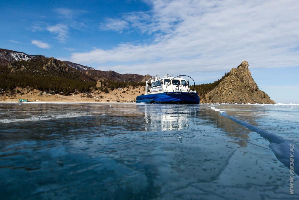 Байкал – царство льда