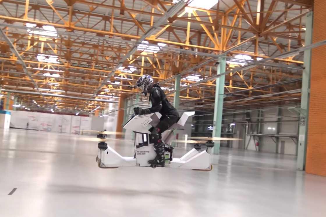 Hoversurf - A futuristic drone bike