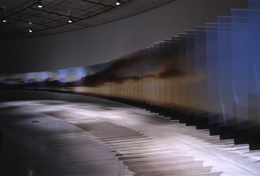 Installation view: Transparent view, Aomori Contemporary Art Centre, Aomori, Japan (2011), © Nobuhir