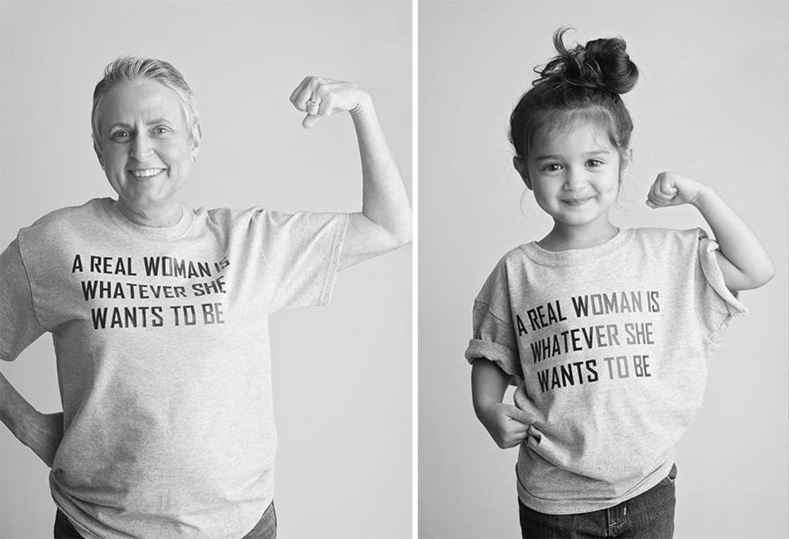 Cette petite fille de 3 ans se deguise en femmes celebres pour soutenir sa grand-mere malade