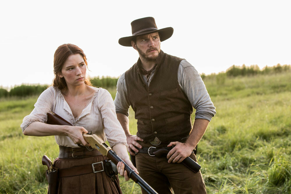 Haley Bennett and Chris Pratt in Metro-Goldwyn-Mayer Pictures and Columbia Pictures' THE MAGNIFICENT SEVEN.