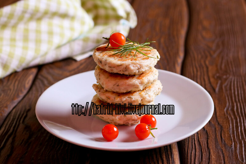 Homemade Salty Cheese Pancakes with dill and fresh tomato