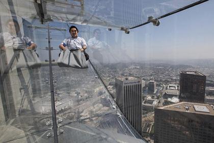 С небоскреба в Лос-Анджелесе можно скатиться как с горки