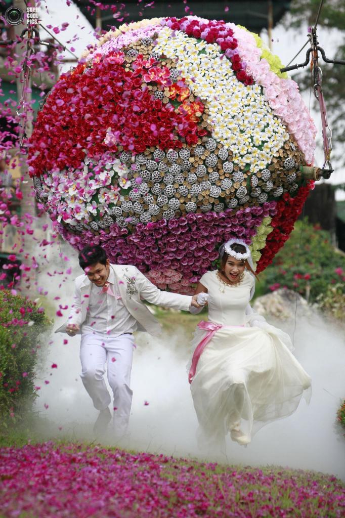 Свадебные церемонии с испытаниями (10 фото)