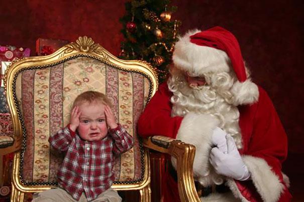 Знакомство с Санта-Клаусом пошло не по плану.