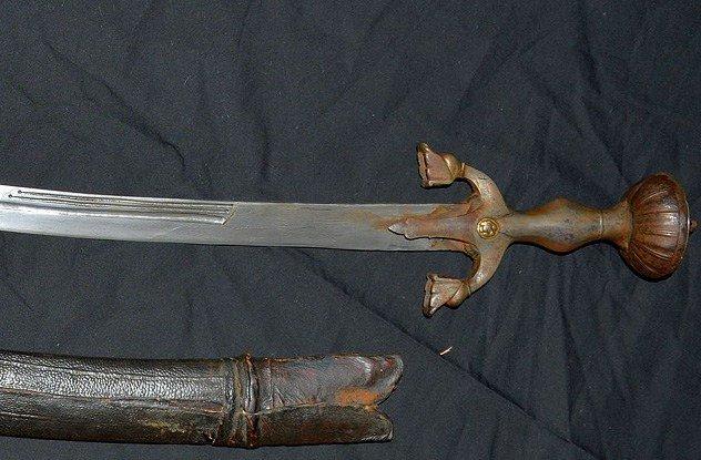 Самые распространенные заблуждения о мечах (11 фото)